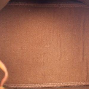 Louis Vuitton Bags - Auth LOUIS VUITTON Monogram Noe MM Shoulder Bag